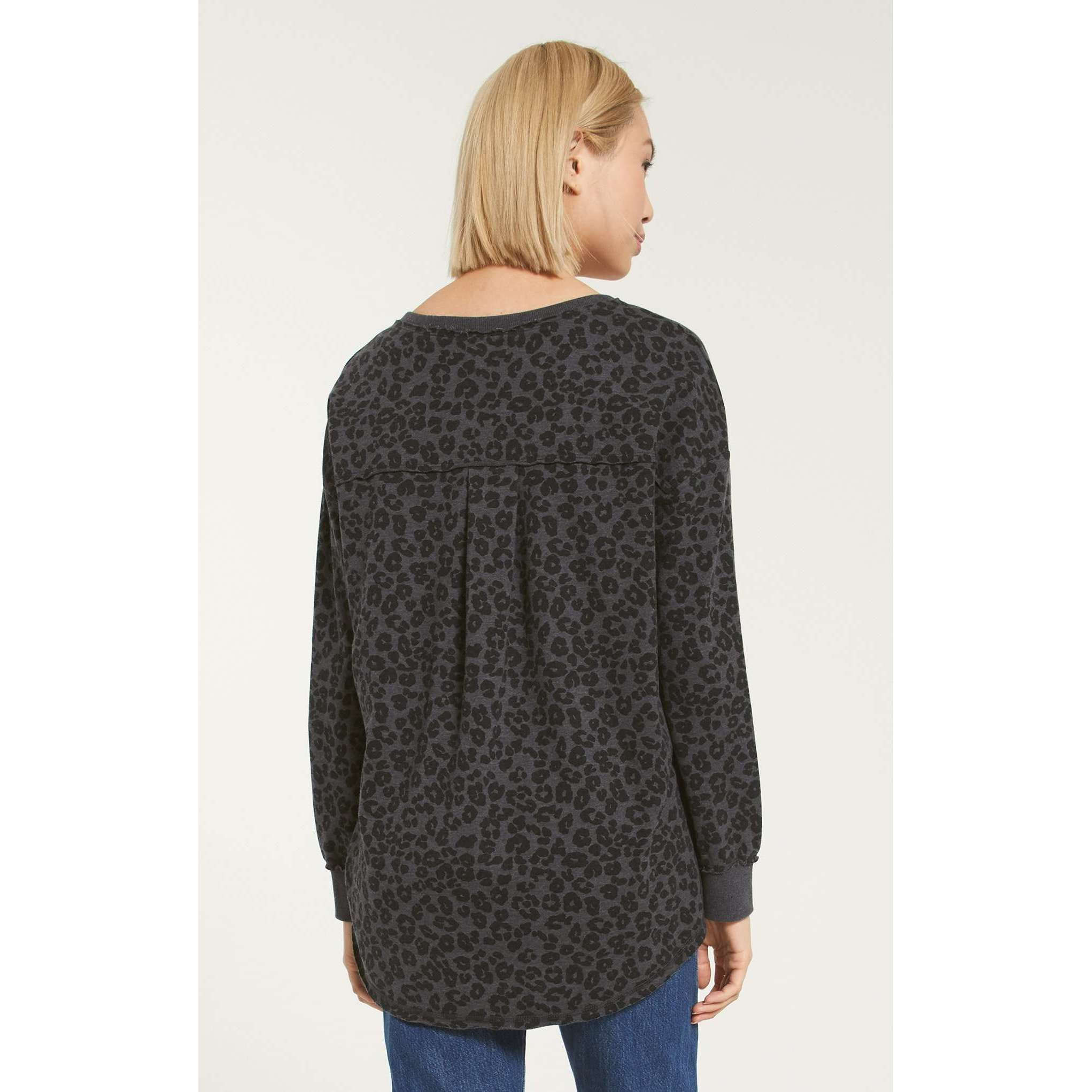 8.28 Boutique:Z-Supply,Z-Supply V-Neck Leopard Weekender,Tops