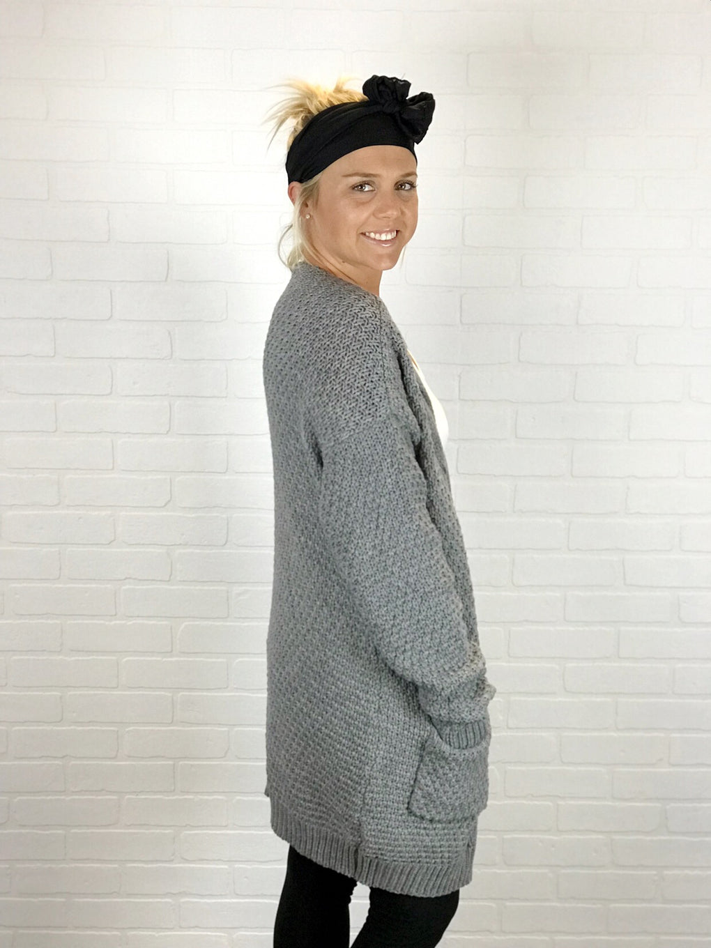 Oversized Cable-Knit Cardigan - Grey
