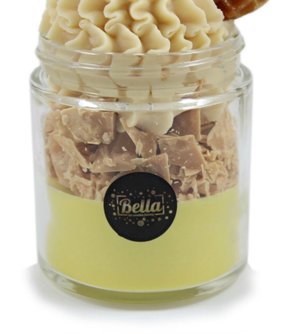 BELLA CANDLE FACTORY - THE HAPPY WAFFLE 8OZ CANDLE