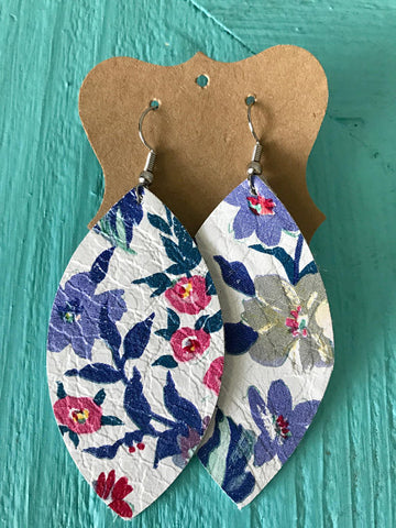 FLORAL LEATHER LEAF EARRINGS