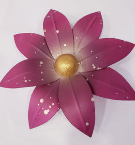 XS Fushia/Champagne 8 Petal Pointed - 318 Art and Garden