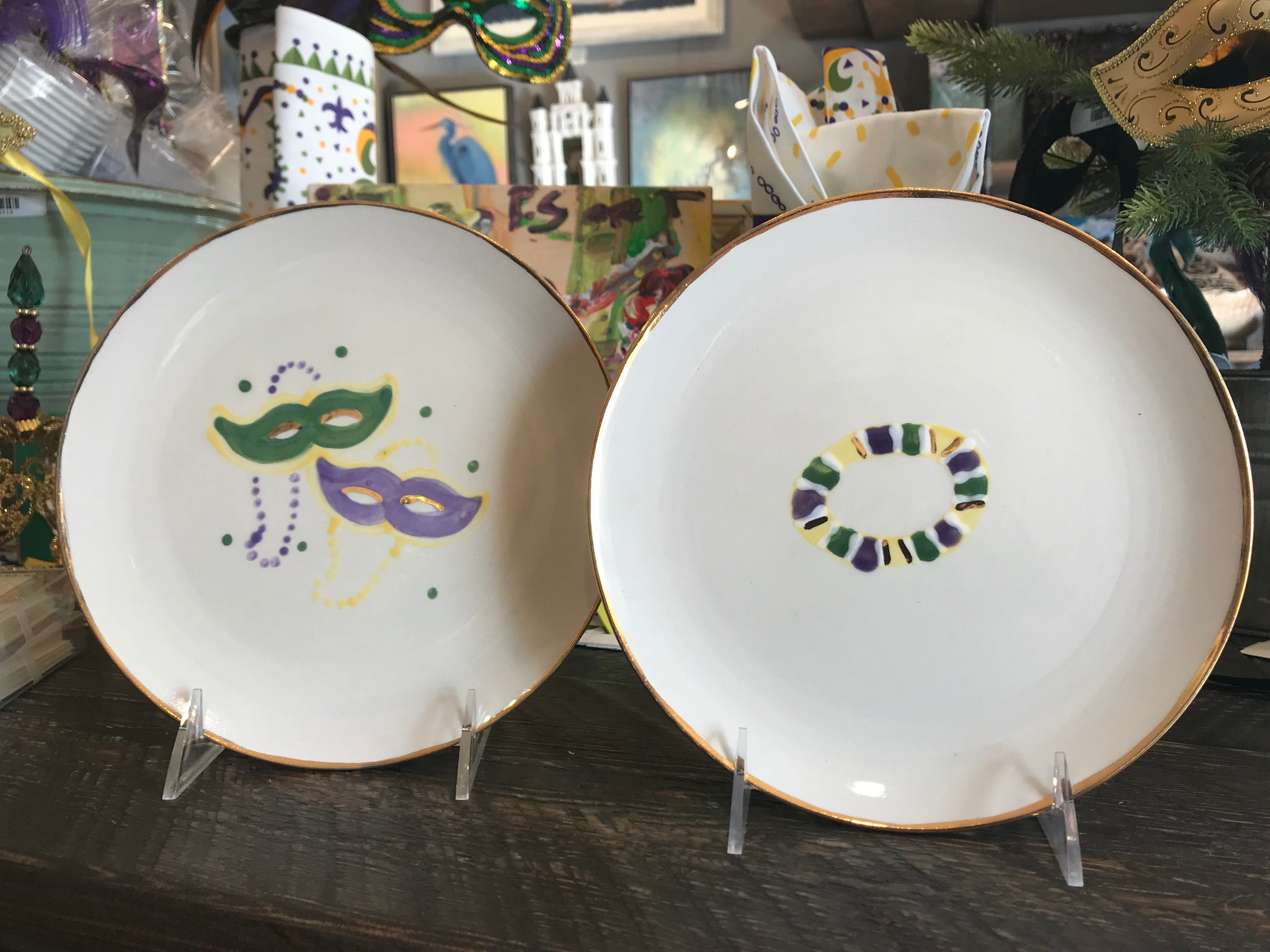 King Cake Plates-Set of 2 - 318 Art and Garden