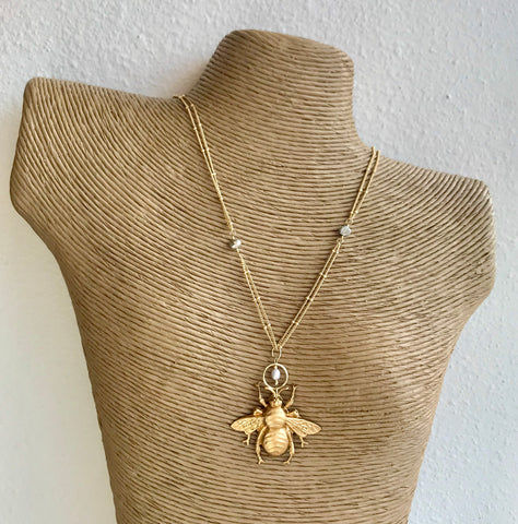 Halo Bee Necklace with Pearl Accents