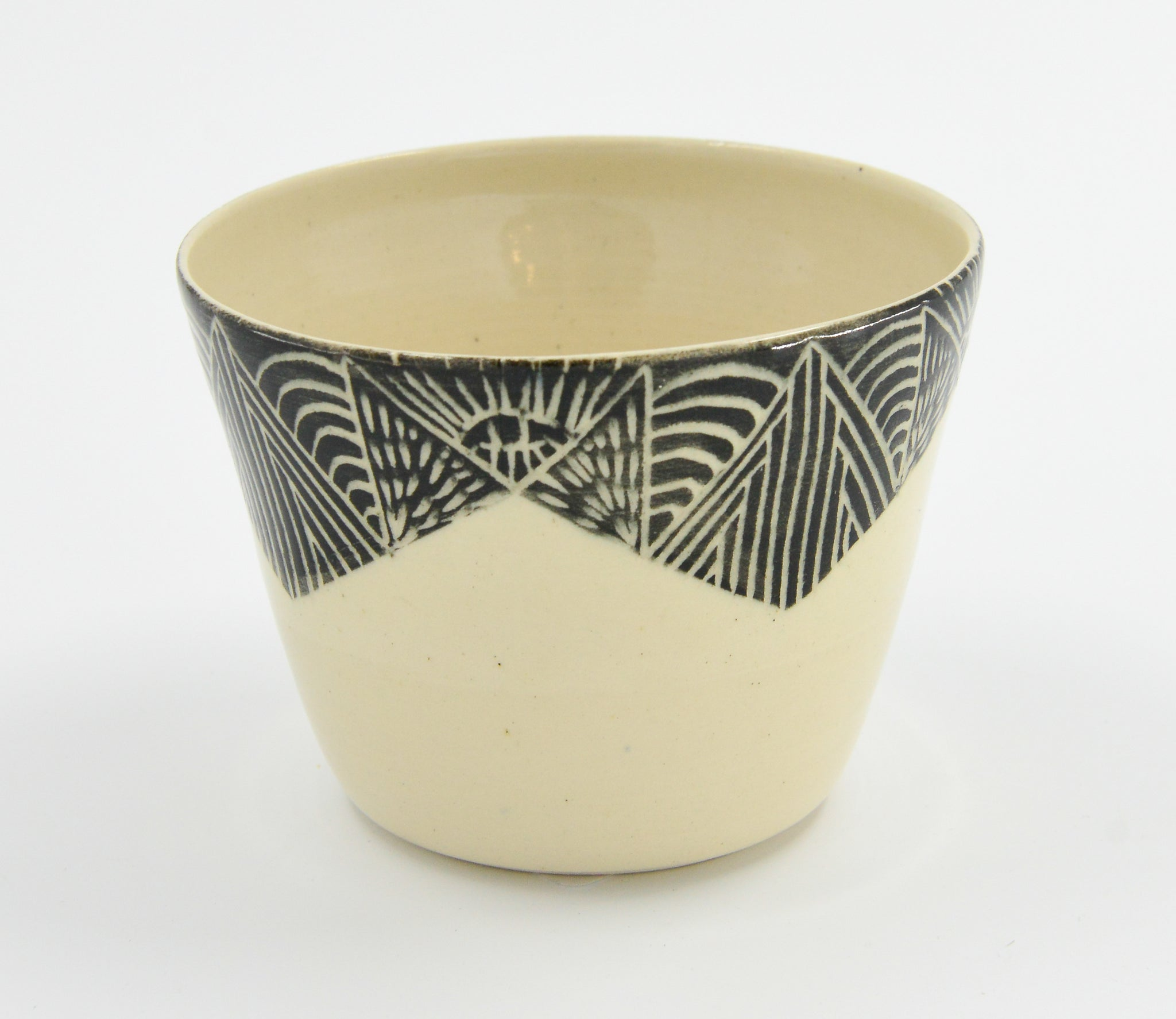 Hand Etched Ceramic Planter-Black - 318 Art and Garden