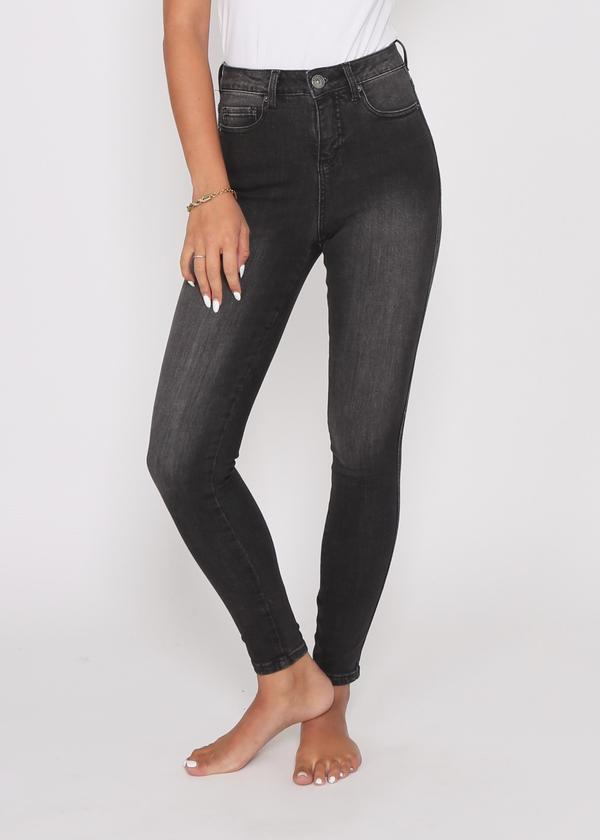 Khloe Jean - Washed Black