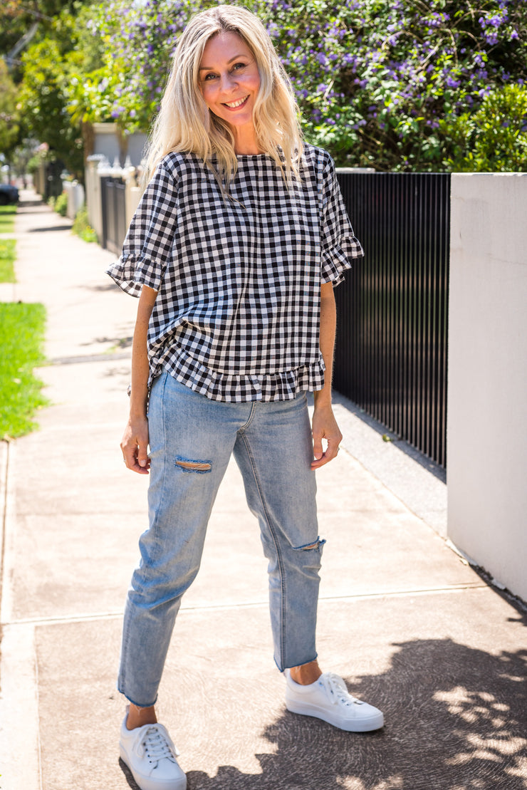 On The Run Top - Gingham | Mabel and Woods | Women's Fashion
