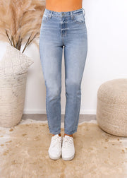 Olivia Mom Jean | Mabel and Woods | Women's Fashion