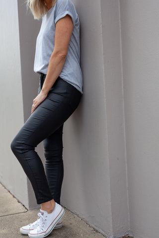 7/8 Coated Melbourne Jeans - Black