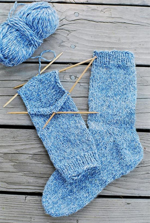 9728 - Beginner Socks - Fengari Fiber Arts