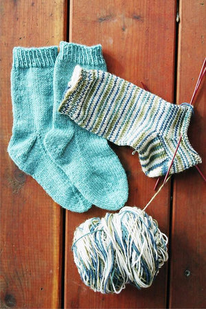 245 - Easy Children's Light Weight Socks - Fengari Fiber Arts