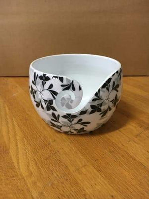 Yarn Bowl Black Leaves