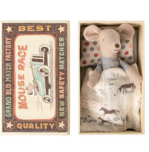 little brother mouse: matchbox Maileg