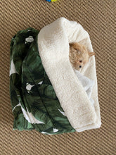 Linen Banana Leaf Print Burrow Bed