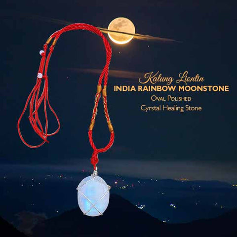Kalung Liontin India Rainbow Moonstone Oval Polished (LBP88)