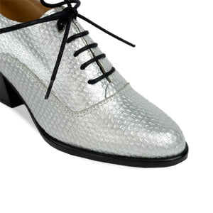 FRANK+Alice Frankie Metallic Leather Oxford Silver Toe View