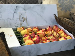 Mango-Magic-Orange Hombre-box-des-fleurs-rose-marble-vancouver-flower-deliver