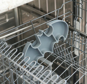 Silicone Grip Dish: Batman