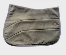 Reversible SolidGrip Jumper Pad