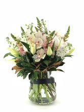 Load image into Gallery viewer, Pastel Bouquet - Brooklyn Flowers