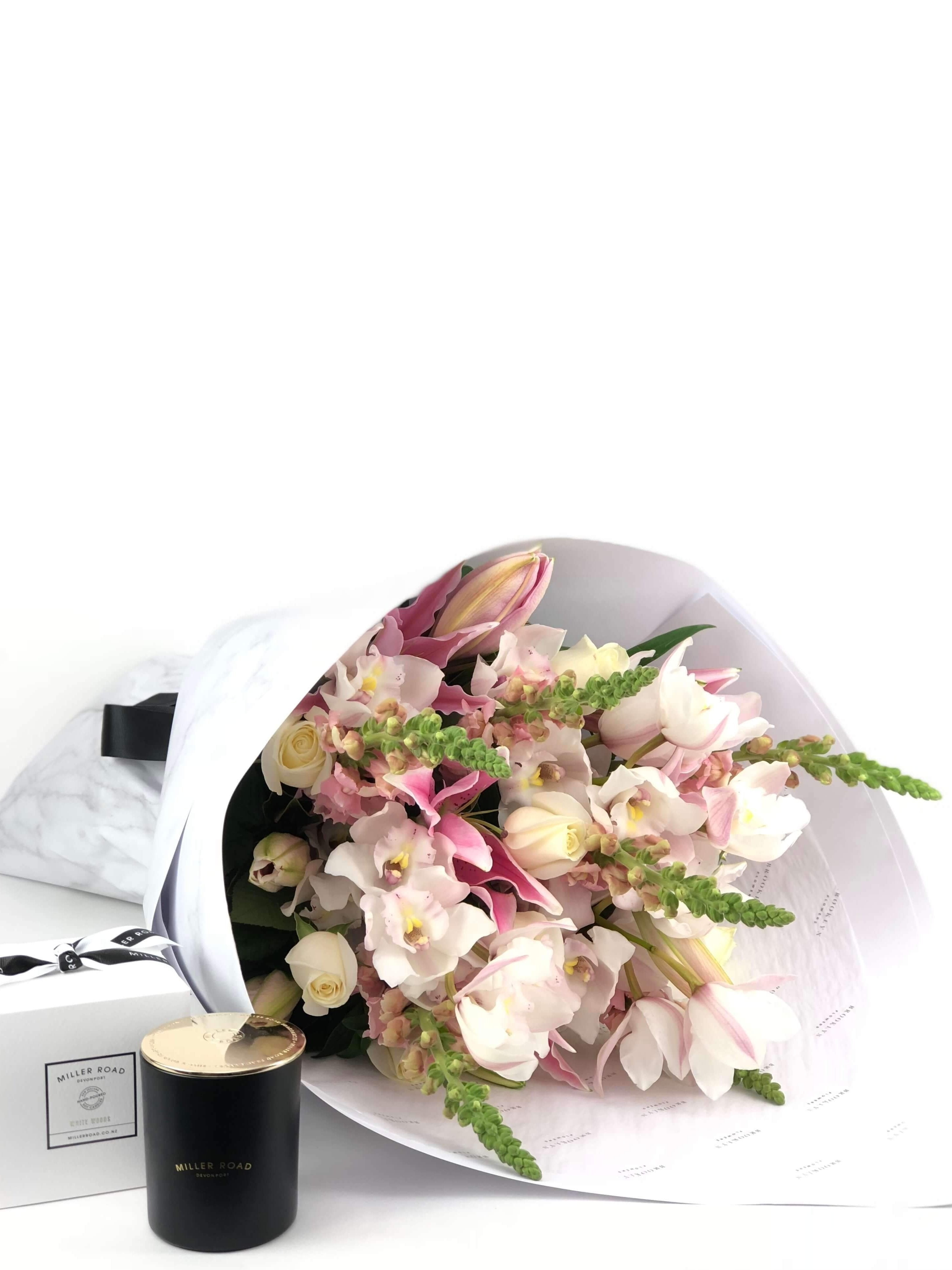 Bouquet and Gift Package, Bouquet & Candle, Pastel, Bouquet, Brooklyn Flowers, Auckland Florist