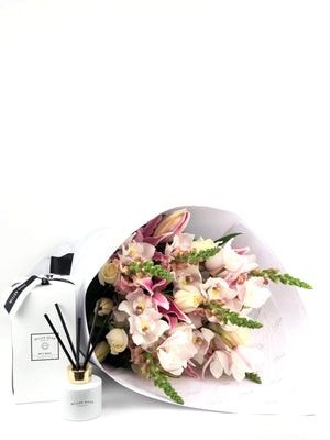 Bouquet and Gift Package, Bouquet & Diffuser, Pastel, Bouquet, Brooklyn Flowers, Auckland Florist