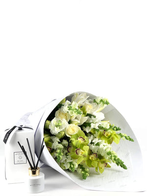 Bouquet and Gift Package, Bouquet & Diffuser, Serene, Bouquet, Brooklyn Flowers, Auckland Florist