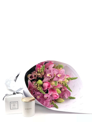 Bouquet and Gift Package, Bouquet & Candle, Pretty, Bouquet, Brooklyn Flowers, Auckland Florist