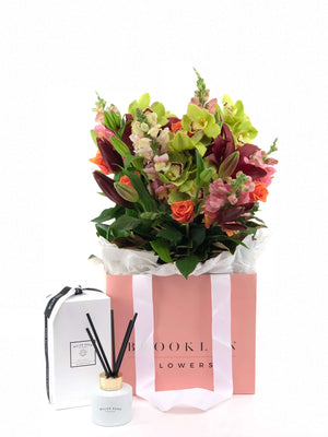 Bouquet and Gift Package, Bouquet & Diffuser, Bouquet, Cheerful, Brooklyn Flowers, Auckland Florist