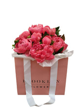 Load image into Gallery viewer, Peony Posy Bag  (+ Free Vase) - Brooklyn Flowers