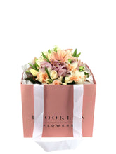 Load image into Gallery viewer, Pastel Posy Bag - Brooklyn Flowers