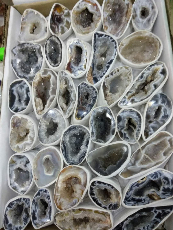 Beautiful Natural Agate treasure basin agate geode quartz crystal Raw Rock Agate furnishing articles