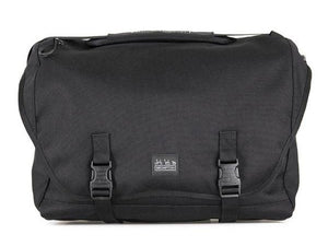 Metro Messenger Large in Black