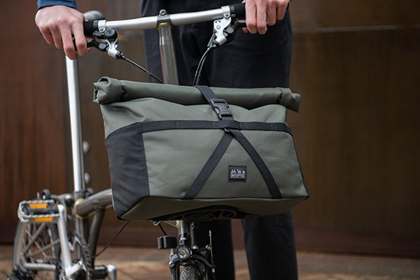 Borough Roll Top Bag Medium in Olive