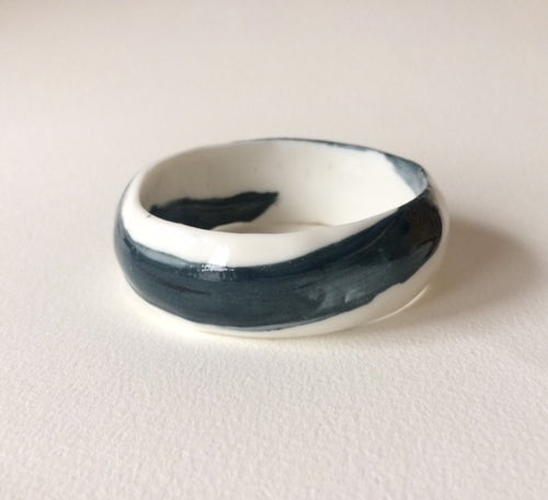 Zen design bangle