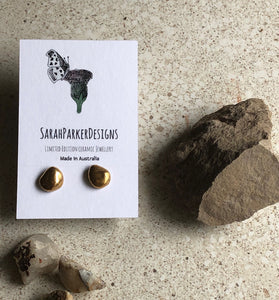 Porcelain mercurial design stud earrings