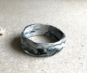 Marbled grey bangle