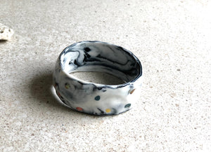 Marbled grey speckled bangle