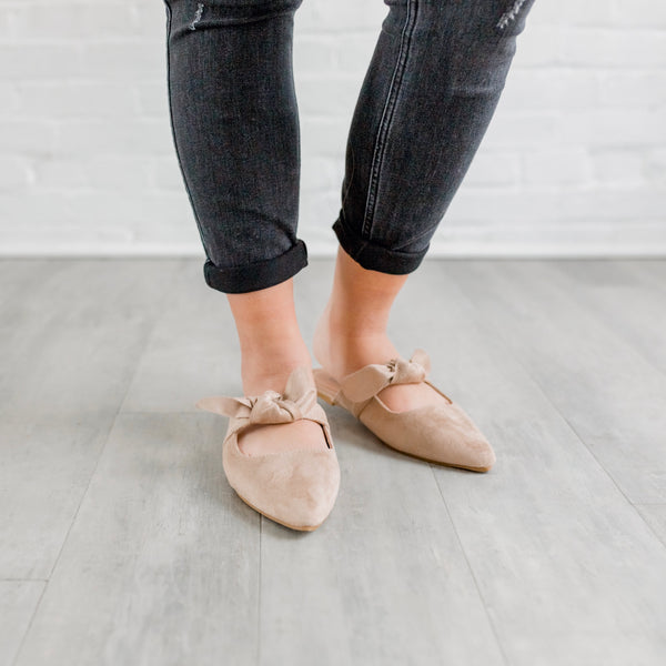 Nude Bow Mules