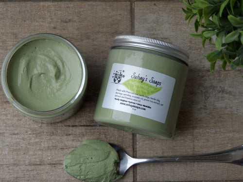 Spirulina and Moringa Face Mask