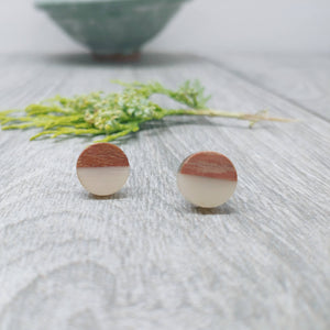 Wood and Cream Resin Colourful Stud Earrings - Round