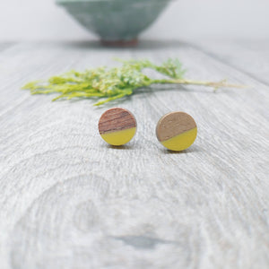 Wood and Yellow Resin Colourful Stud Earrings - Round