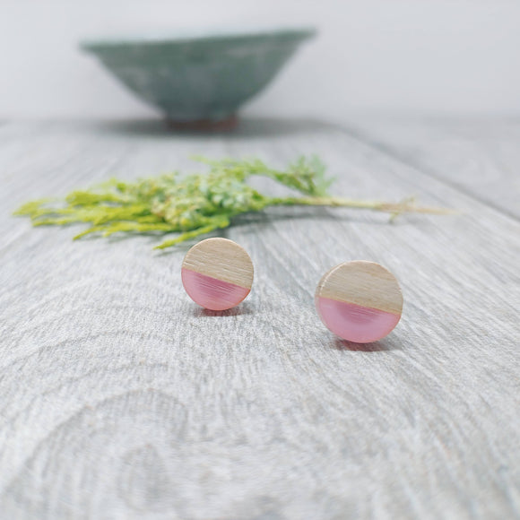 Wood and Pale Pink Opaque Resin Colourful Stud Earrings - Round