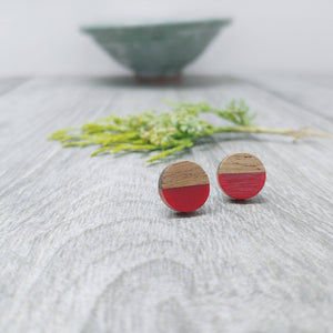 Wood and Red Wine Resin Colourful Stud Earrings - Round