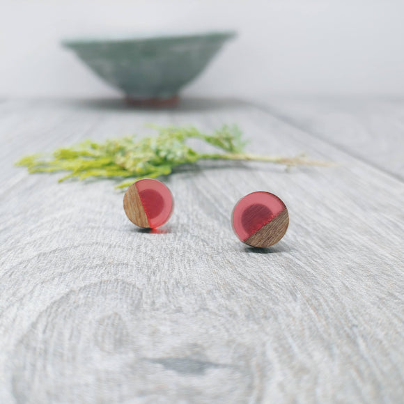 Wood and Pale Pink Transprent Resin Colourful Stud Earrings - Round