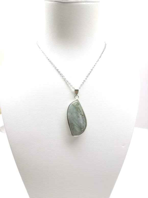 Labradorite Pendant  Necklace - Ameli Jewellery Studio