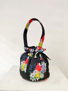 FLORA VISION BUCKET BAG - BLACK