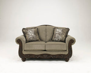 MARTINSBURG Traditional Love Seat