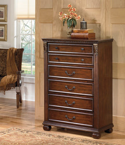 LEAHLYN Traditional 5 Drawer Chest