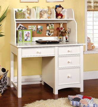 OMNUS Transitional Desk