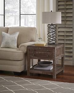 TOWNSEND End Table